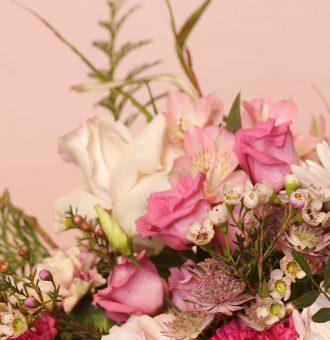 flower-bag-en-tonos-rosas-absolutaflora-01